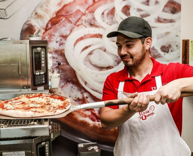 株式会社Pizza Queen 5